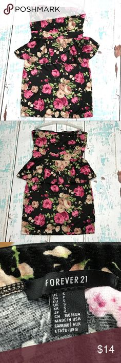 Black Floral Peplum Dress This strapless black floral peplum dress is from Forever 21 and is a size small. It has only been worn once a few years ago for my birthday. Cleaning out my closet and it is in perfect condition! Forever 21 Dresses Strapless
