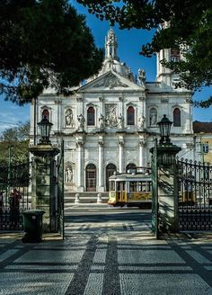 Basilica da Estrela is a very old church, with its own garden in front where you can relax, have or drink something Sintra Portugal, Visit Portugal, Portugal Travel, Spain And Portugal, Places Around The World, Travel Around The World, Around The Worlds, Cool Places To Visit, Places To Travel