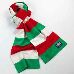 Resultado de imagen para red and green scarf
