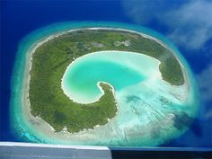 Google Image Result for http://www.hemmy.net/images/travel/maldives02.jpg