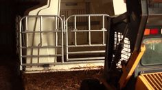 Rolling Group Feeding Pen System