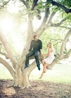 Engagement Portrait Photography: 30 Interesting Location Ideas