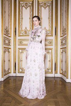 Giambattista Valli   Spring 2017 Couture Backstage   The Impression   Bloglovin'