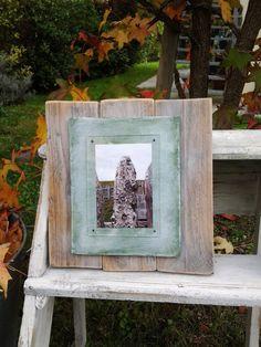 Cornice portafoto in legno di RealHouseRavenna su Etsy, €27.00