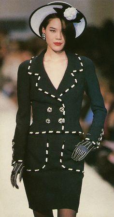 Chanel 1990   ARIANE