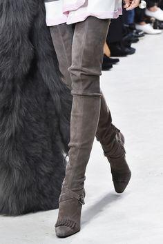 Modne buty - trendy jesień zima 2015/2016, Pascal Millet, fot. Imaxtree