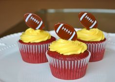 Red velvet cake, gold frosting and a football pick = Redskins cupcake Redskins Cake, Red Velvet Cupcakes, Velvet Cake, Football Food, Football Parties, Cupcake Cakes, Cupcake Ideas, Cup Cakes, Game Day Food
