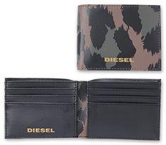 Brieftasche 2-teilig, Synthetik, Marke DIESEL, schwarz, braun, grün, geprägtes Logo, Querformat, 11×8.5x1cm. 1 Geldscheinfach, 8 Kreditkartenfächer