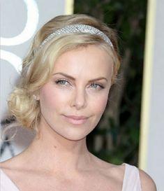 Hochzeitsfrisuren zum Nachmachen für die moderne Braut - hochzeitsfrisuren nachmachen blonde mittellange haare mit glitzerndem diadem