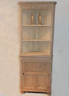 Grey/Linen Carved Corner Cupboard