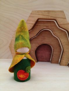 Wooden Peg Gnome  Apple Autumn Fall Harvest by SepAndAugust, €6.48