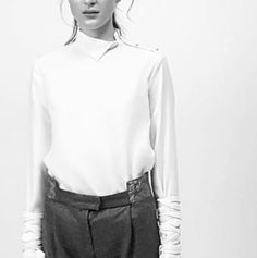 Another sneak into the graduate collection of student Clair N. What a Great Look?! #fashionschool #fdigermany #graduatecollection #design #blackandwhite #düsseldorf  #fashiondesign #germany #dus #youngdesigner #fashiondesigninstitut #fashion #design #youngcreatives #talents #kunst #vibes #vogue #designer #art #life #designer #talents