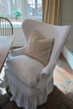 slipcover dining chair, if only I could find this.  I've been searching endlessly.