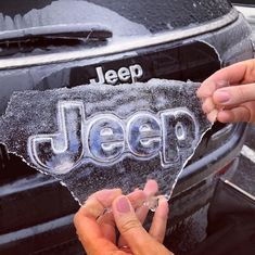 Even Ol' Jack Frost knows the iconic emblem of a JEEP! – Even Ol' Jack Frost knows the iconic emblem of a JEEP! Auto Jeep, Jeep Cars, Jeep Jeep, Jeep Pickup, Cars Auto, Jeep Stiles, My Dream Car, Dream Cars, Jeep Cherokee