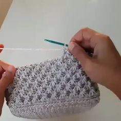 Learn how to create the Crochet Bead Stitch. The bead stitch is similar to a puff stitch but it is worked around a double crochet next to it instead. This is beautiful beads stitch creates a very solid fabric for blankets. Learn to crochet beads stitch wh Crochet Crafts, Easy Crochet, Crochet Baby, Knit Crochet, Double Crochet, Crochet Winter, Crochet Summer, Crochet Slippers, Knitted Fabric