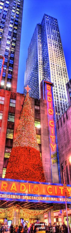 ~Christmas at Radio City Music Hall NYC | The House of Beccaria# Las Vegas, Christmas Spectacular, Radio City Music Hall, New York Christmas, Photos Voyages, City That Never Sleeps, Kochi, New York City, The Good Place