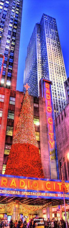 Radio City Music Hall Christmas, New York