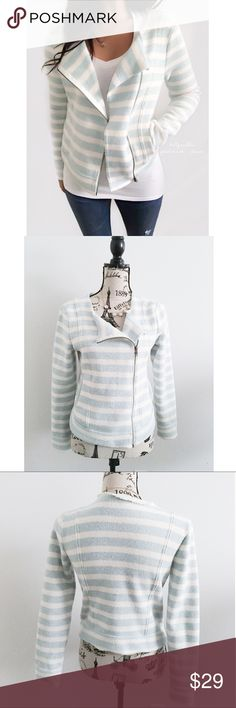 """Knit Mint & White Stripe Fleece Lined Moto Jacket ✦   ✦{I am not a professional photographer, actual color of item may vary ➾slightly from pics}  ❥chest:18"""" ❥waist:16.5"""" ❥length:21.5"""" ❥sleeves:23"""" ➳material/care:polyester/machine wash  ➳fit:in my opinion true & slightly cropped  ➳condition:gently used   ✦20% off bundles of 3/more items ✦No Trades  ✦NO HOLDS ✦No lowball offers/sales are final  ✦‼️BE A RESPONSIBLE BUYER PLS ASK QUESTIONS/USE MEASUREMENTS TO MAKE SURE THIS WILL WORK FOR {YOU}…"""