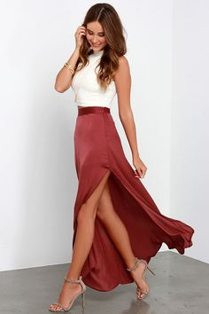 After a moment in the Way to Sway Wine Red Maxi Skirt, we've all become experts in the art of the sway! Satiny woven fabric flows down into maxi skirt with a high side slit. Mode Outfits, Skirt Outfits, Dress Skirt, Dress Up, Party Outfits, Maxi Skirt Crop Top, Slit Skirt, Edgy Outfits, Denim Skirt