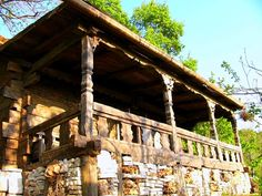 House made by Romanian craftsman Danut Hotea Traditional Interior, House Made, House In The Woods, Home Fashion, Rustic Style, Old Houses, Cottage, Exterior, Country