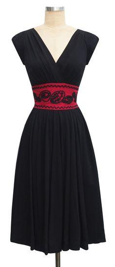 trashy diva soutache sandy dress red waist black rayon contrast detail retro cocktail slimming dress gathered skirt