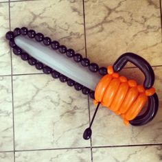 Chain Saw Twist Balloon