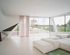 www.sky-frame.com – Architecture: Project A.01 architects, Austria www.projecta01.com Photography: Brigida Gonzalez, Germany www.brigidagonzalez.de