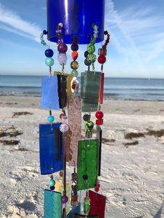 Wine Bottle Windchimes, Wine Bottle Crafts, Wine Bottle Garden, Wine Bottles, Glass Garden, Garden Art, Glass Wind Chimes, Rustic Wind Chimes, Blue Bottle
