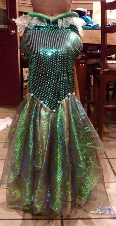 My mermaid fin 3 by mayumi-loves-sora on DeviantArt Cosplay Diy, Cosplay Costumes, Woman Costumes, Group Costumes, Cosplay Ideas, Adult Costumes, Costume Ideas, Mermaid Skirt Pattern, Mermaid Cosplay