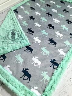 Orignal bébé couverture Designer Minky gris par TheDesignerMinkyCo