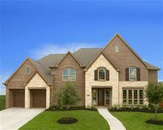 Look at this great Perry home available for move in now in Pine Mill Ranch