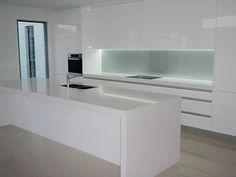 Black & white gloss 2pak kitchen with white benchtops