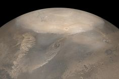 """[June 20, 2012] WIRED Science: """"A team of exometeorologists at MIT have calculated the size of the snowflakes that fall onto the polar regions of Mars in its winter, and it turns out that they're pretty tiny."""" -- http://www.wired.com/wiredscience/2012/06/martian-snow"""