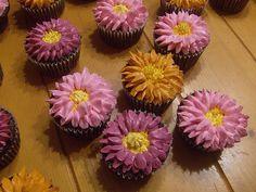 Gerbera Daisy Cupcakes