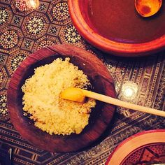 The perfect side for every Moroccan dinner 🍛👌🏻😻 #couscous #traditional #side #moroccanfood #moroccancuisine #cuisine #food #middleeast #northafrican #homemade #sauce #balham #london #claphamsouth #tootingbroadway #tooting #humpday #restaurant #toplondonrestaurant #southlondon #bookatable #tagine #dinner #lnd_eats #gourmet #yummy #delicious #zizoutagine #clapham #streatham