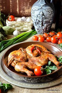 Как приготовить цыплёнка табака? Помойте цыплёнка, удалите остатки пера, разрежьте вдоль по грудке, распластайте и отбейте молотком...