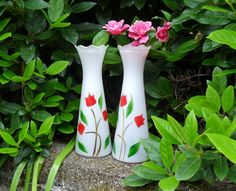 Vintage Glass Flower Wedding Vases Matched Set Hand Painted Red Tulips on White Frosted Glass Bartlett Collins Made in USA Shabby Decor