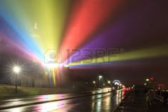 Niagara Falls iluminado por la noche con luces de colores en la lluvia, Canad�. photo