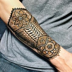 Stunning Custom Body Art by Bella Henna Artist Rachel Goldman Henna Tribal, Henna Men, Hand Henna, Tatoo Henna, Henna Tattoo Designs, Tattoo Ideas, Tattoo Themes, Henna Hair, Tattoo Art