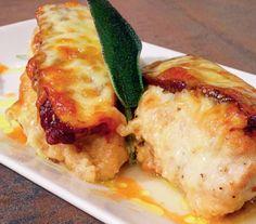 Nu ai mai mâncat niciodată așa ceva! Învață să prepari  PUI VALDOSTANA Pasta Carbonara, Romanian Food, Lasagna, Good Food, Tasty, Chicken, Meat, Ethnic Recipes, Mariana