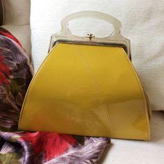 Vintage 1950s Art Deco Style Yellow Mustard Patent Handbag Bag Lucite Handles. Excellent Condition. FABULOUS!!
