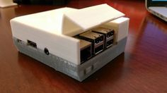 Build Your Own Mini NES With a Raspberry Pi and This 3D Printed Case