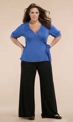 palazzo pants one of our style tips for heavy thighs...http://thedresssense.com/6-style-tips-to-hide-heavy-thighs/