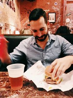 Cheeseburgers (and beer) at Burger Joint - One of the iconic places to Eat in NYC
