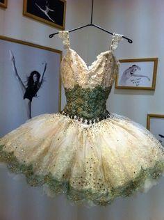 I love Ballet ♡、。・:*:・゜`♥*。・:*:・゜`♡、。・:*:・゜`♥*。・:*: