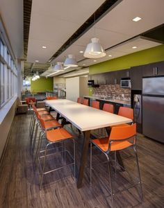 One of two work lounges can be found in the new BSI Corporate Office. One of two work lounges can be found in the new BSI Corporate Office. This serves as a place for e Industrial Office Design, Office Space Design, Workspace Design, Office Interior Design, Office Spaces, Staff Lounge, Office Lounge, Corporate Interiors, Office Interiors