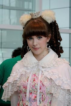 brolita in lace