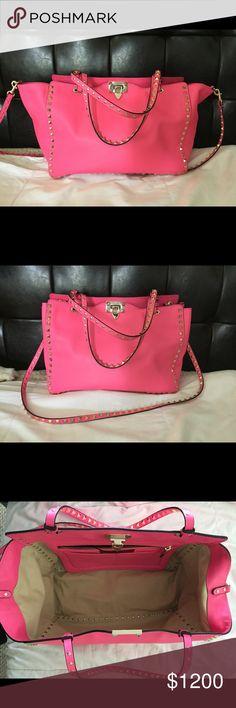 Valentino Rockstud handbag Bright pink medium Rockstud Valentino Bags Shoulder Bags