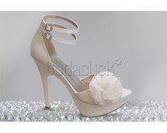 Santos Calzado / zapato de novia en Jalisco