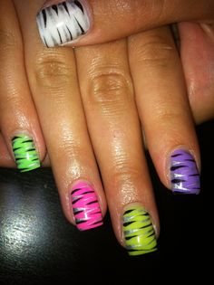 Funky gel nails:)